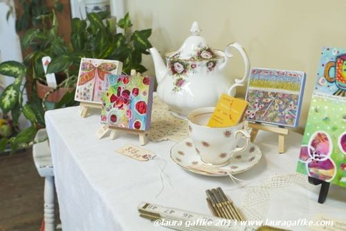 teapot display