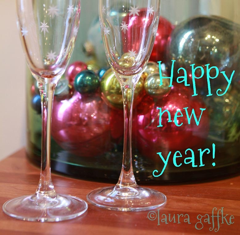 happy new year. square.WEB
